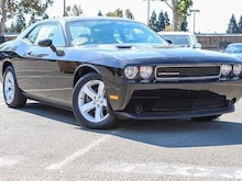 2014 Dodge Challenger SXT Coupe