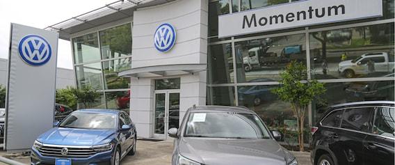 Volkswagen Service & Auto Repairs in Houston | Momentum