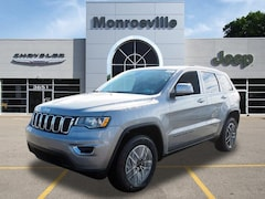 New Chrysler & Jeep 2019 Jeep Grand Cherokee LAREDO E 4X4 Sport Utility for Sale in Monroeville, PA