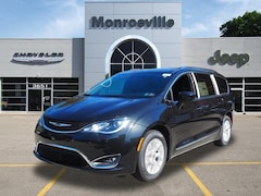 New Chrysler & Jeep 2020 Chrysler Pacifica 35TH ANNIVERSARY TOURING L Passenger Van for Sale in Monroeville, PA