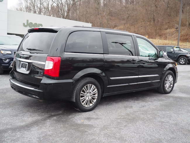 42f88a5f76de9a ... Certified Pre-owned 2016 Chrysler Town   Country Touring-L Van LWB  Passenger Van ...