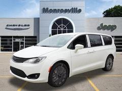 New Chrysler & Jeep 2019 Chrysler Pacifica TOURING PLUS Passenger Van for Sale in Monroeville, PA