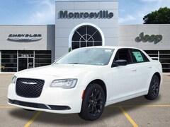 New Chrysler & Jeep 2019 Chrysler 300 TOURING AWD Sedan for Sale in Monroeville, PA