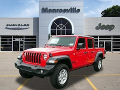 New Chrysler & Jeep 2020 Jeep Gladiator SPORT S 4X4 Crew Cab for Sale in Monroeville, PA