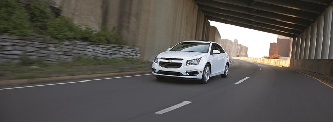 2014 Chevy Cruze in Summit White