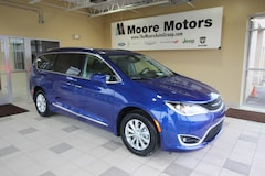 New 2019 Chrysler Pacifica TOURING L Passenger Van 2C4RC1BG7KR589099 for Sale in Caro, MI