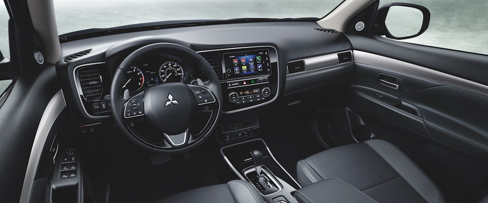 The dashboard on the 2019 Mitsubishi Outlander