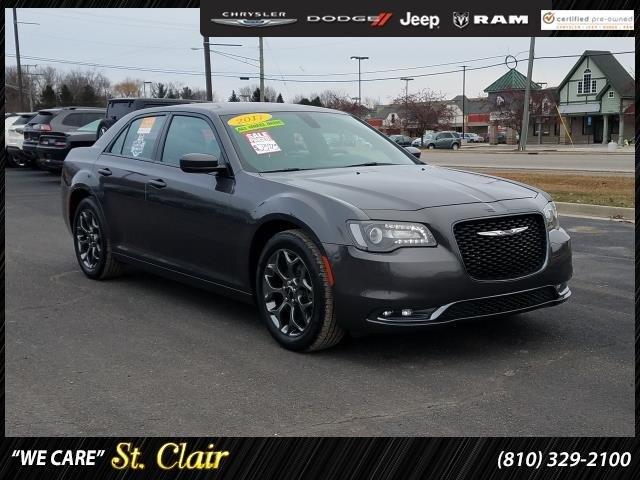2017 Chrysler 300 S Sedan