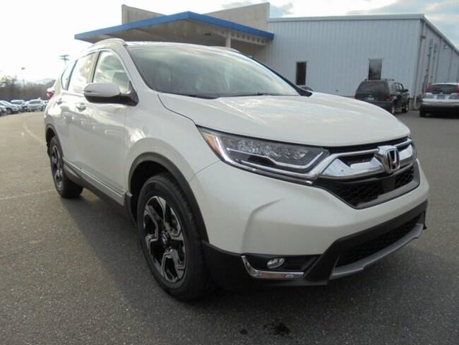 New 2018 Honda CR-V Touring AWD SUV Morganton