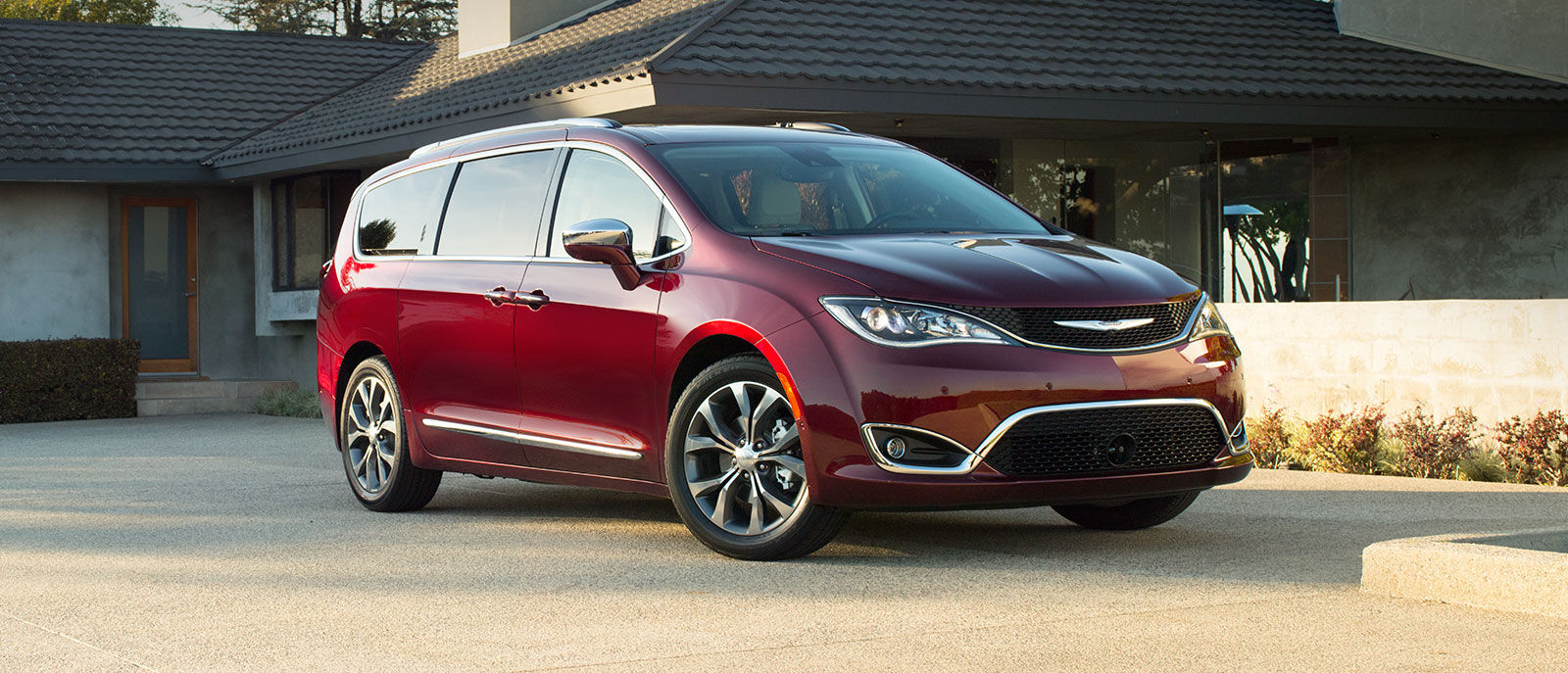 Chrysler Pacifica Front Exterior Red