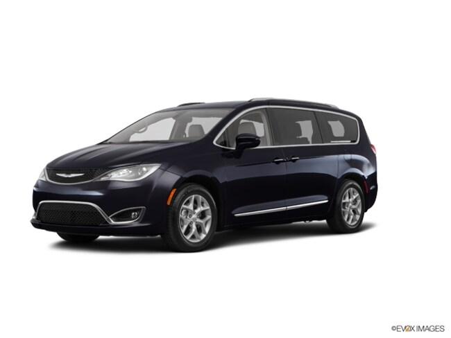 New 2019 Chrysler Pacifica TOURING L PLUS Passenger Van Cape Girardeau