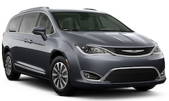 New 2020 Chrysler Pacifica TOURING L PLUS Passenger Van for Sale in Sikeston, MO, at Autry Morlan Dodge Chrysler Jeep Ram