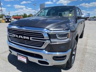 2021 Ram 1500 LARAMIE CREW CAB 4X4 5'7 BOX Crew Cab
