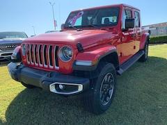 New 2020 Jeep Gladiator OVERLAND 4X4 Crew Cab 20-130 for Sale in Sikeston, MO, at Autry Morlan Dodge Chrysler Jeep Ram