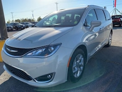 New 2020 Chrysler Pacifica 35TH ANNIVERSARY TOURING L Passenger Van for Sale in Sikeston MO at Autry Morlan Dodge