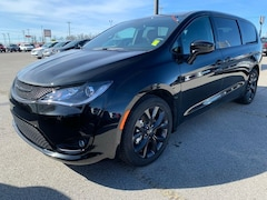 New 2020 Chrysler Pacifica TOURING Passenger Van 20-229 for Sale in Sikeston, MO, at Autry Morlan Dodge Chrysler Jeep Ram