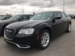 2019 Chrysler 300 TOURING L Sedan