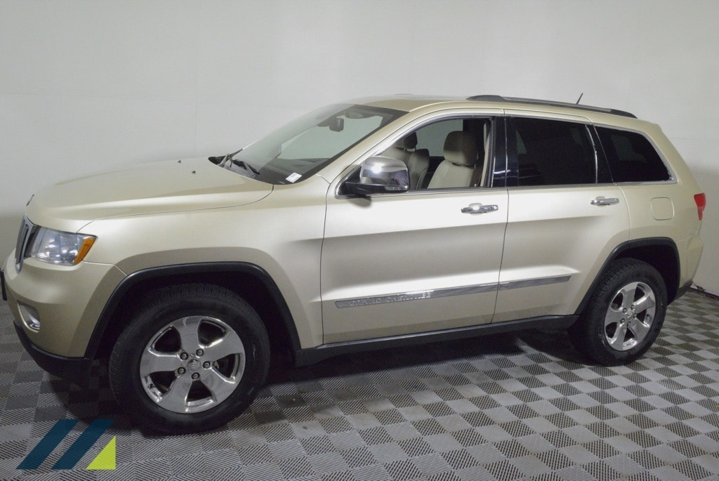 Used 2012 Jeep Grand Cherokee Limited with VIN 1C4RJFBG2CC103683 for sale in Brooklyn Park, Minnesota