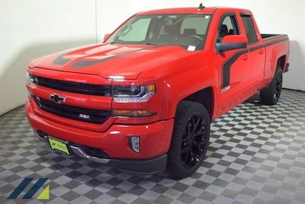 Featured Used 2017 Chevrolet Silverado 1500 LT LT2 Truck Double Cab 6B10599 for Sale near Minneapolis