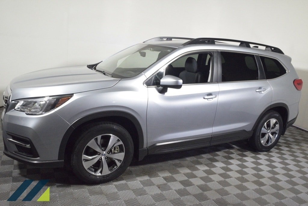 Used 2020 Subaru Ascent Premium with VIN 4S4WMAFD5L3442172 for sale in Brooklyn Park, Minnesota