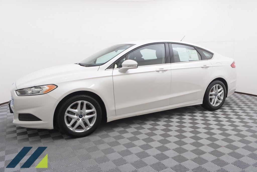 Used 2016 Ford Fusion SE with VIN 1FA6P0H77G5108917 for sale in Minnetonka, Minnesota