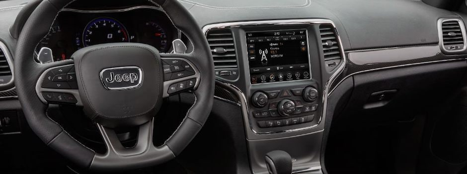 Jeep Uconnect System in Joliet, IL | Greenway CDJR