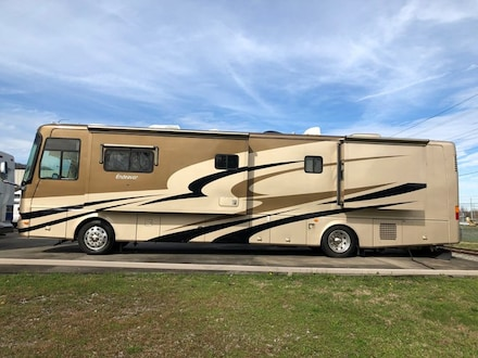 2005 Holiday Rambler Endeavor 40 FT Diesel Pusher Rv