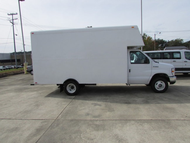 Used 2017 Ford E-450 Cutaway Base Truck for sale in south pittsburg