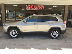 Used 2019 Jeep Cherokee Latitude 4x4 SUV for sale in South Pittsburg