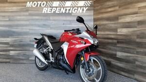 2011 HONDA CBR250R Garantie 12 mois