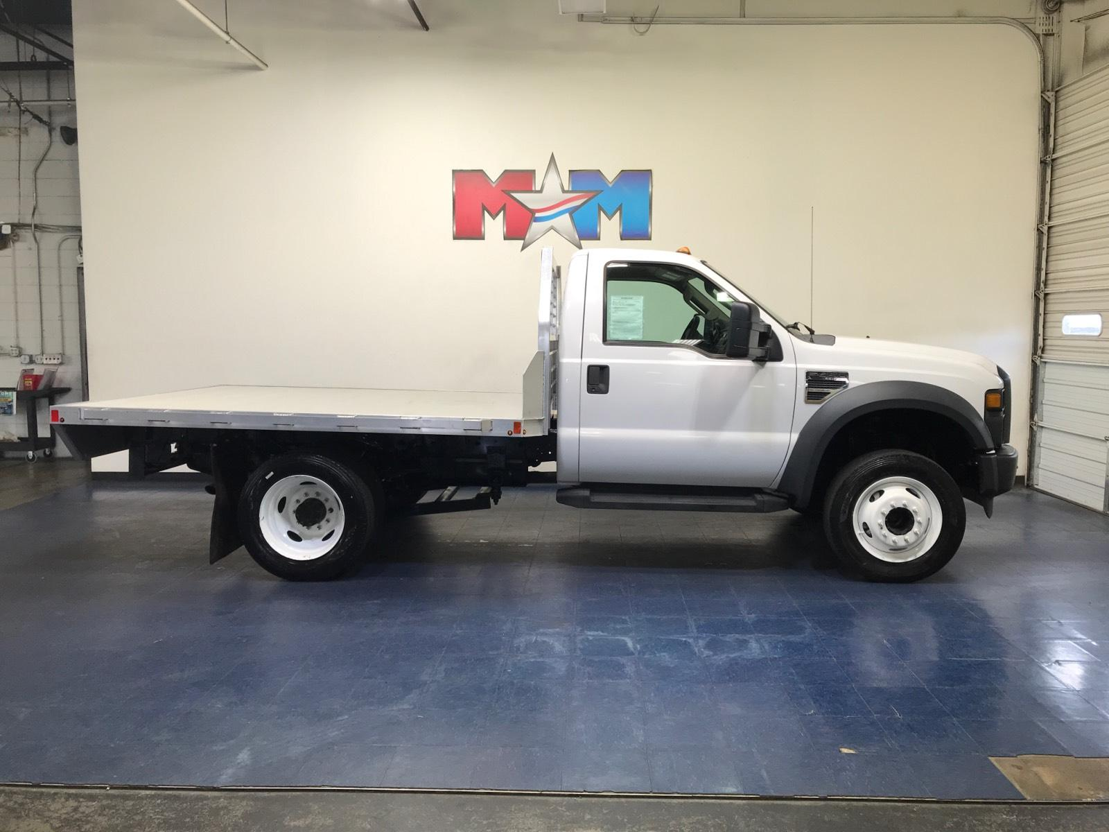 2009 Ford F-450 Chassis Truck Regular Cab