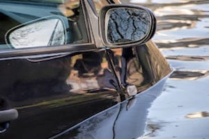 how to spot a flood damaged car
