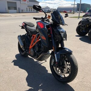 2015 KTM 1290 Super Duke R WOW A VOIR..TRES BELLE , FINANCEMENT DISPONIBLE