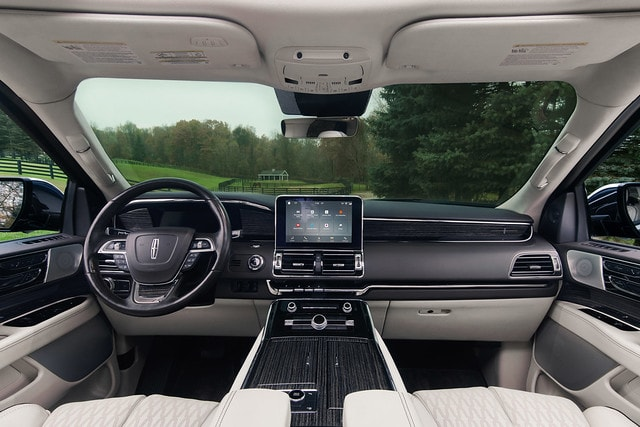 2019 Lincoln Navigator Front Interior