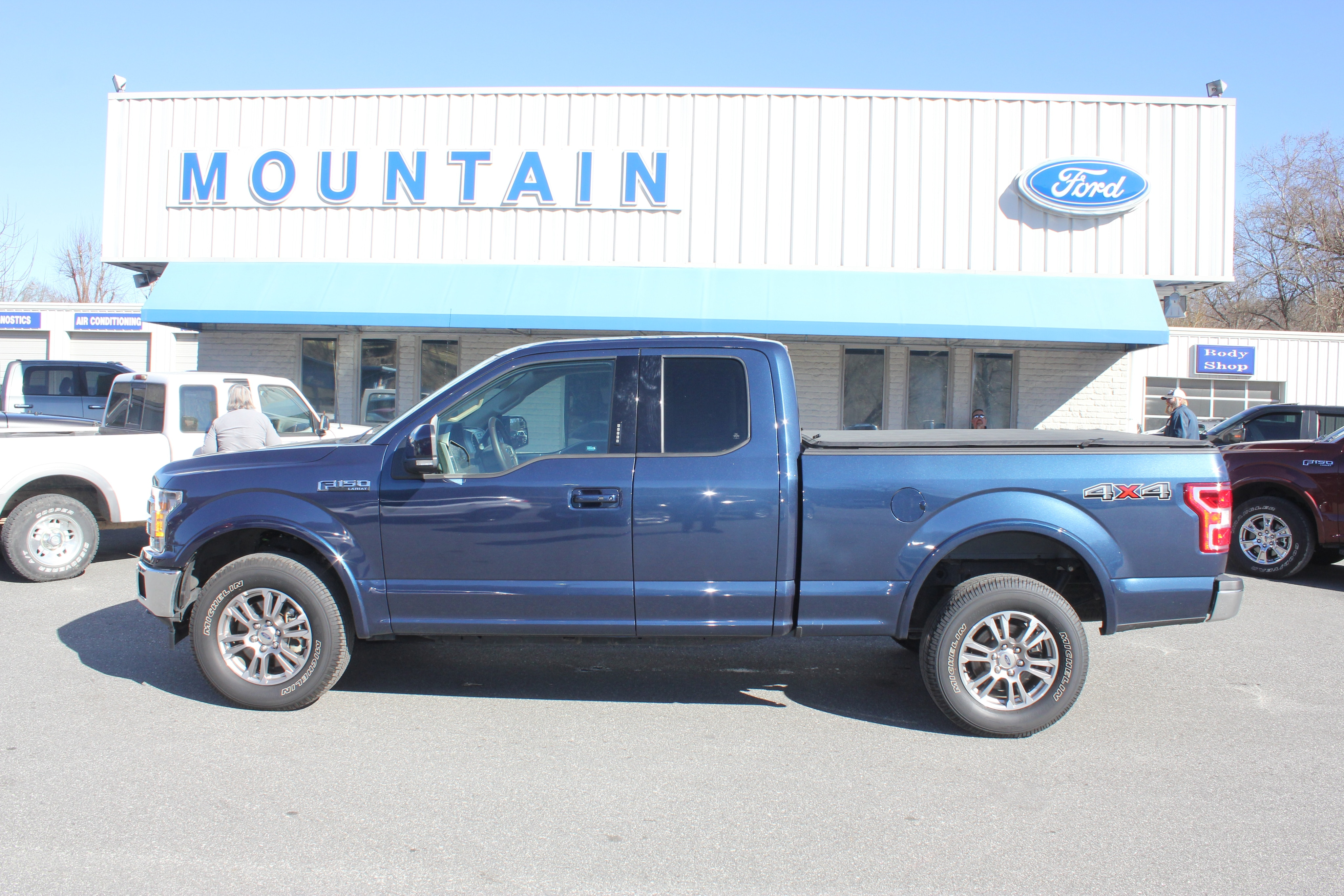 2018 Ford F-150 Lariat Extended Cab Truck