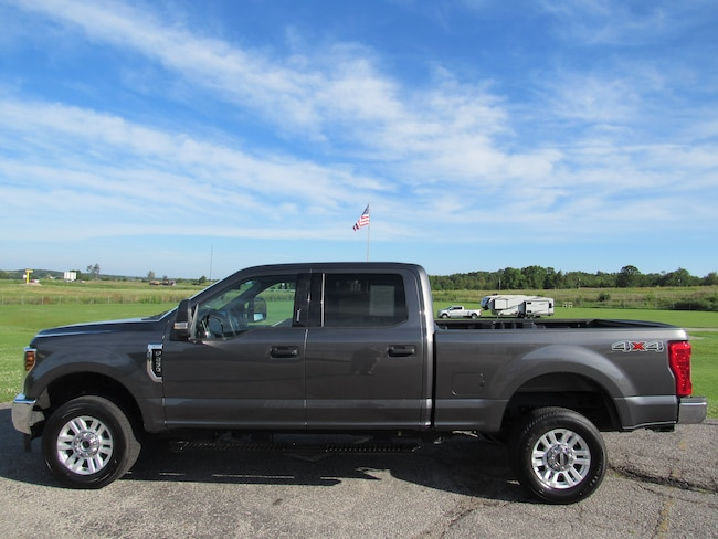 2019 Ford F250 Super Duty XLT 4WD SuperCrew PICKUP