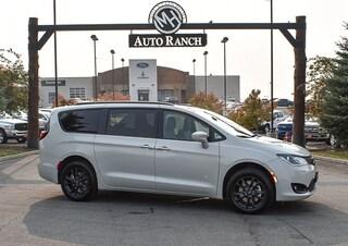 new 2020 Chrysler Pacifica Awd Launch Edition Van Passenger Van for sale near Boise