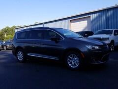 2020 Chrysler Pacifica TOURING L Passenger Van for sale in Blue Ridge, GA