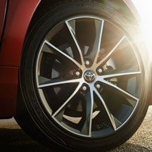 2016 Toyota Camry tire