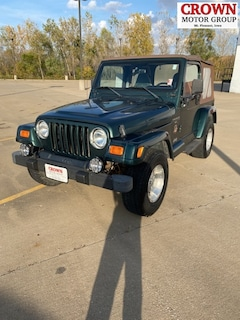 2000 Jeep Wrangler Sahara SUV