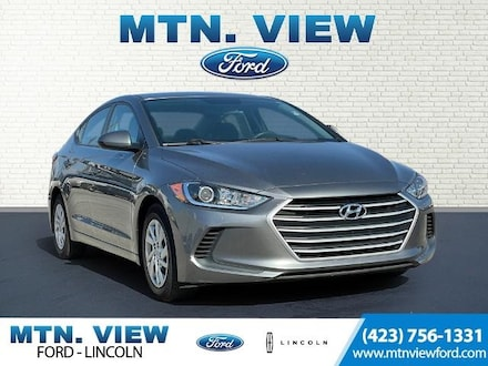 Featured Used 2018 Hyundai Elantra SE Sedan for Sale in Chattanooga, TN