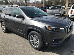New Cars  2019 Jeep Cherokee LATITUDE PLUS 4X4 Sport Utility For Sale in Southold