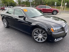 Used 2013 Chrysler 300 S Sedan For Sale in Southold, NY