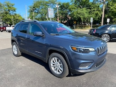 New 2020 Jeep Cherokee LATITUDE 4X4 Sport Utility For Sale in Southold, NY