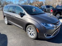 New Cars  2020 Chrysler Pacifica 35TH ANNIVERSARY TOURING L Passenger Van For Sale in Southold