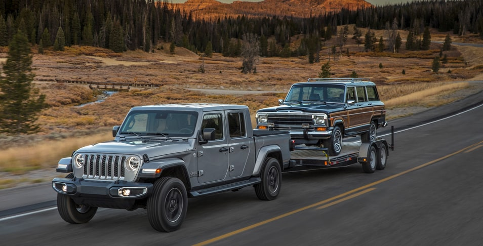 New 2020 Jeep Gladiator serving Mattituck