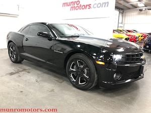 2010 Chevrolet Camaro 2SS RS Sunroof 6 Spd Low Kms Leather Coupe