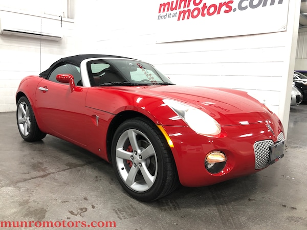 2007 Pontiac Solstice Automatic Aggressive Red
