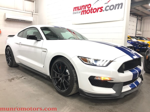 2017 Ford Shelby GT350 Technology Package Stripes