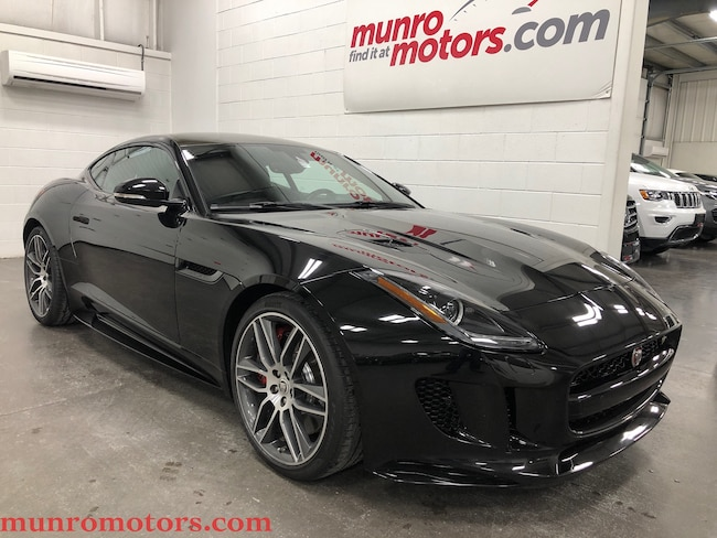 2016 Jaguar F-Type R Ultimate Black AWD V8 Carbon Fiber Roof 550 HP Coupe